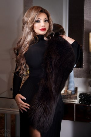Violeta escort girl