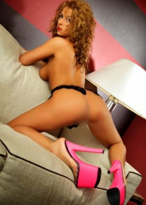 Nuncia incall escorts in Wheeling IL
