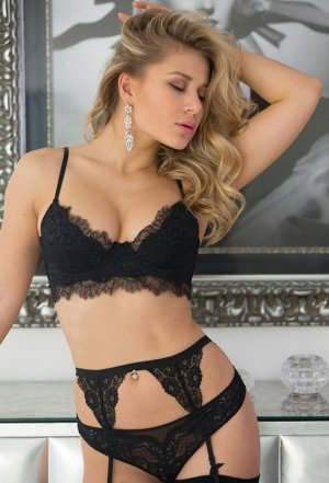 Gulsun incall escorts in Fort Mohave AZ