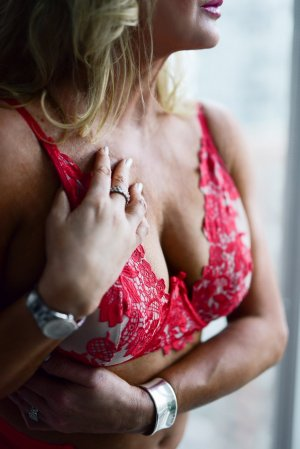 Prescylia outcall escorts in Chillicothe Ohio